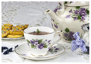 Vintage crockery hire perfect for Tea Parties